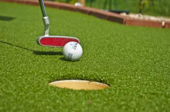 Relaxačně pohybový areál – Odpočíváme hrou – Adventure golf