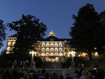 Slavnostní rozsvícení sanatoria Priessnitz