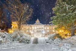 Slavnostní rozsvěcení sanatoria Priessnitz